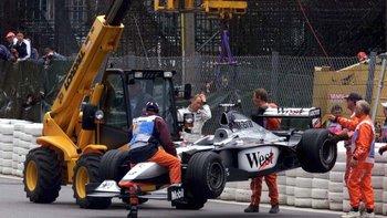 Mika Hakkinen tampoco pudo terminar la carrera.