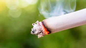 El tabaco mata a más de 7 millones de personas al año, según la OMS, que considera que los impuestos al tabaco son el medio más eficaz para reducir el consumo.