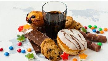 Las bebidas y alimentos azucarados también han sido objeto de nuevos impuestos.