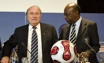 Joseph Blatter y Jack Warner en 2007<br>