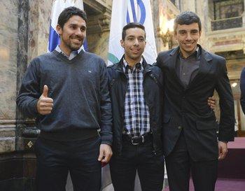 Jorge Ibáñez, Kian Santana y Andrés Gelpes, técnico y competidores de mountain bike