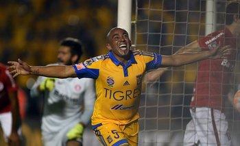 Arévalo Ríos festeja su gol