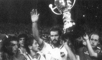 La última Copa internacional que levantó un equipo uruguayo: la Recopa de 1989<br>