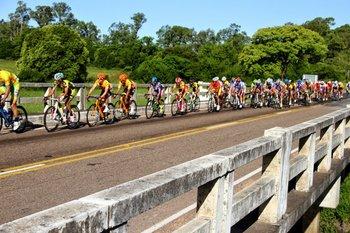 El Giro de la Hermandad en plena acción