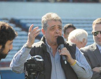 Falleció el periodista y comentarista deportivo Enrique Yannuzzi