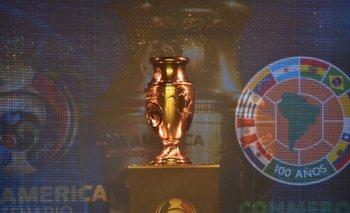 El trofeo de la Copa América Centenario