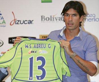 A Abreu lo presentaron con la 13 pero puede cambiar a la 22