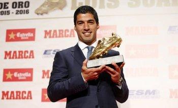 Suárez con su nueva Bota de Oro