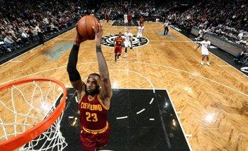 LeBron James volvió a brillar con los Cleveland<br>