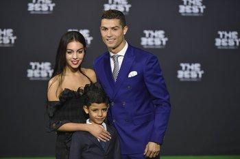 Cristiano Ronaldo con Georgina Rodriguez y su hijo