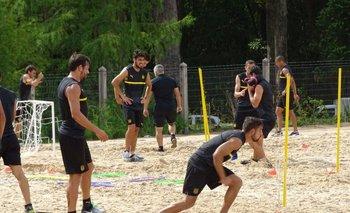 Matías Mier, parado a punto de iniciar el ejercicio, se sumó a los entrenamientos<br>
