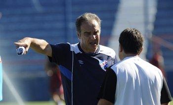 Martín Lasarte, tras la decisión, programó una práctica matutina para este sábado.<br>