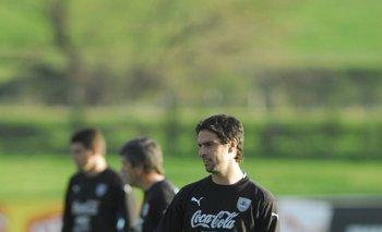 Hernán Rodrígo López, el que queda en actividad de aquel seleccionado.<br>