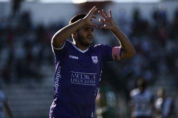 Defensor Sportingvenció a Danubio 2 a 0 en la quinta fecha del Apertura y vuelve a pelear el campeonato
