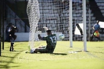 Cristóforo sufre uno de los goles