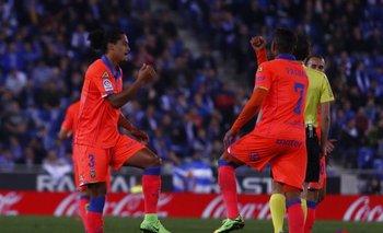 El festejo de uno de los goles de Lemos ante Espanyol
