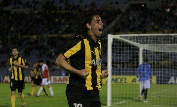 El Pato dijo en Los Céspedes que quería volver a Peñarol<br>