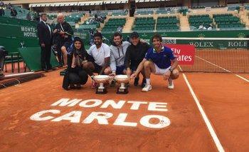 Pablo Cuevas y Rohan Bopanna celebran el título en Monte Carlo<br>