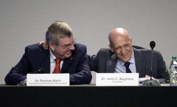 El presidente del COI a las risas con Maglione