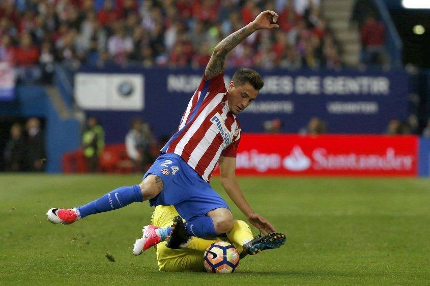 Simeone pone a su once titular ante un Borussia sin Alcacer
