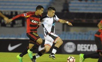Ignacio González ante Sport Recife