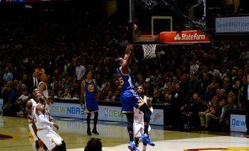 Durant fue clave para el poner la serie 3-0