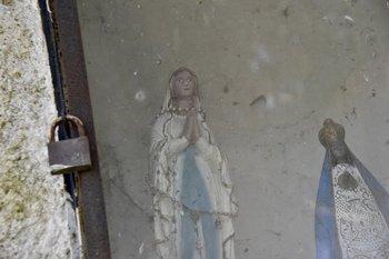 Las vírgenes que llevó Ribas para la capilla<br>
