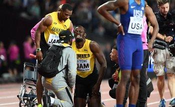 El gesto de dolor de Usain Bolt tras lesionarse en su despedida <br>