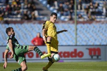 Formiliano tuvo su debut en Peñarol