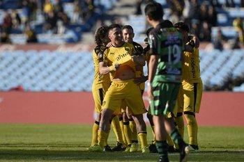 El festejo del segundo gol del Cebolla