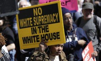 La lucha racial generó una ola de protestas en la Casa Blanca.<br>