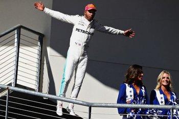 Hamilton ganó en Texas y tiene el cuarto título a la vista<br>