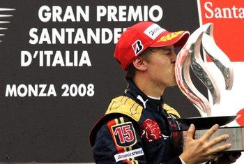 Un joven Vettel dio en 2008, el primer triunfo, y único de su historia, a Toro Rosso <br>