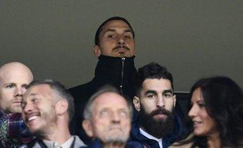 Ibrahimovic fue a ver el partido de ida entre Suecia e Italia en Estocolmo