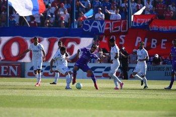 Cardacio y Zunino en Nacional-Defensor Sporting