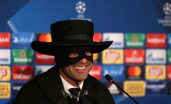Paulo Fonseca como El Zorro
