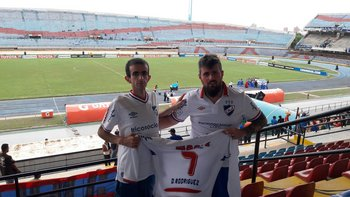En el Pachencho Romero de Maracaibo, una aventura en Venezuela, donde por seguridad fueron al estadio junto al ómnibus de los jugadores.