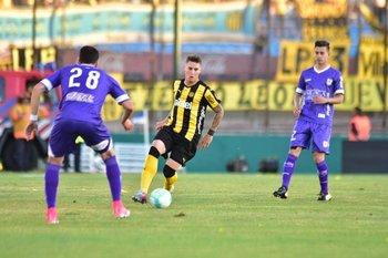 Guilllermo Varela en la semifinal del Uruguayo entre Peñarol-Defensor Sporting