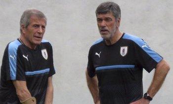 Óscar Tabárez y el profe Herrera