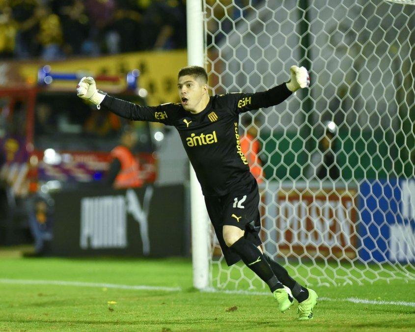Peñarol se tituló bicampeón uruguayo ganándole el clásico a Nacional