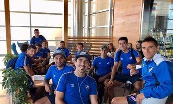 Jugadores de Nacional antes de viajar a Buenos Aires