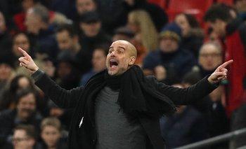 Pep Guardiola en la final de la Copa de la Liga que su equipo le ganó a Arsenal