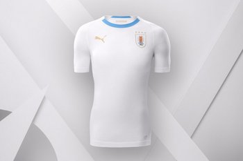 72587e474 Presentaron la camiseta alternativa de Uruguay para Rusia 2018