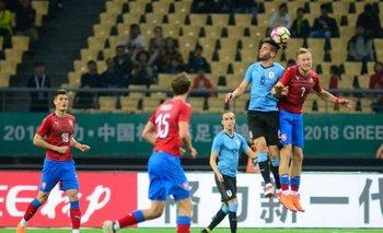 Rodrigo Bentancur jugó un buen partido ante República Checa
