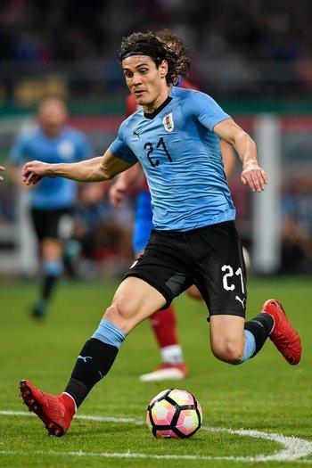 Edinson Cavani llegó a su gol número 41 con Uruguay en la China Cup