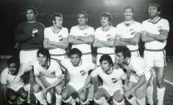Artime en el Nacional de 1971.Manga, Ancheta, Masnik, Ubiña, Montero Castillo, Blanco, Cubilla, Maneiro, Espárrago, Artime y Morales