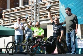 Los ganadores en sillas de 42: Óscar González y Eduardo Dutra, quien fue primero