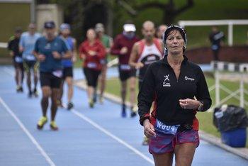 La argentina Diana Celeiro fue tercera en la general damas de 48 Horas y primera en su categoría
