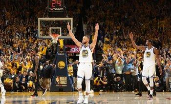 El festejo de Stephen Curry