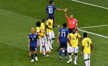 El esloveno Damir Skomina mostró al colombiano Carlos Sánchez, la única roja del mundial<br>